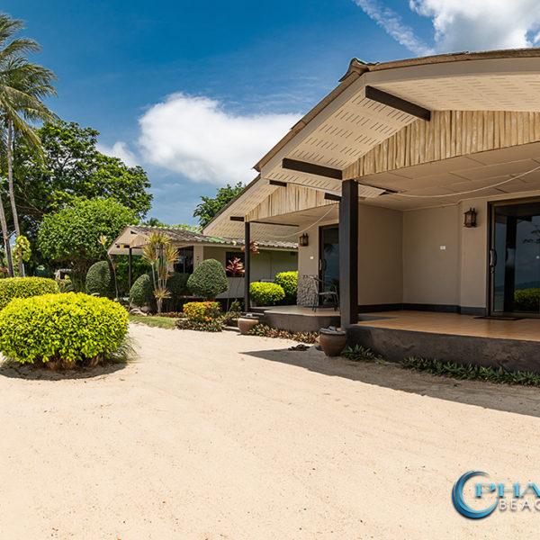 koh phangan beachfront bungalow deluxe