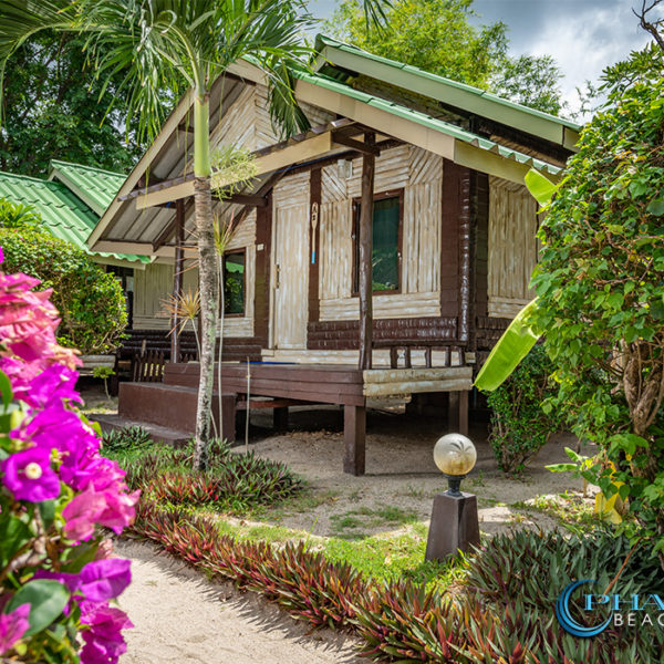 koh-phangan-traditional-bungalow-aircon-5